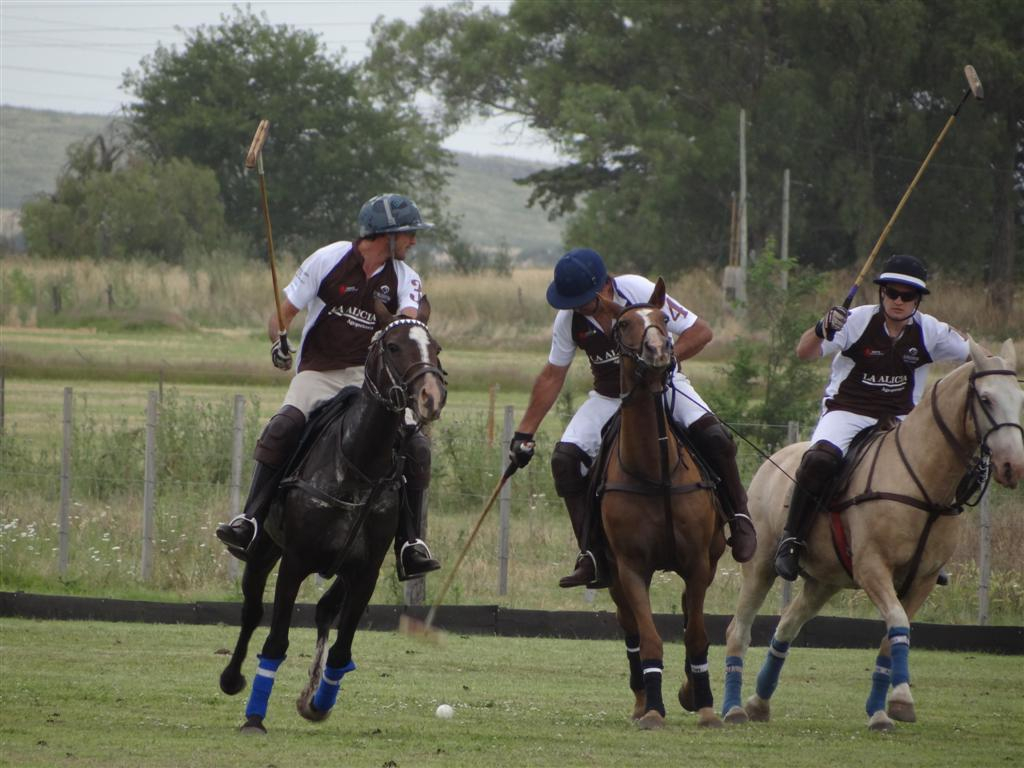 Liliana Aguirre Carrasco Valentina polo team 3